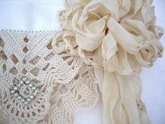Pretty vintage pin on lace