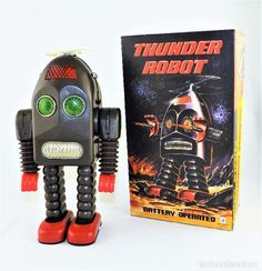 ROBOT HOJALATA THUNDER (Juguetes - Juguetes de Hojalata: Reproducciones y Actuales ) Robot, Retro Vintage, Home Appliances, Old Fashioned Toys, Bazaars, Tricycle, Gift, House Appliances, Robotics