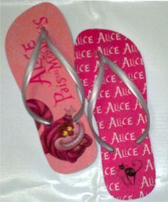 Alice no Pais das Maravilhas - Mimos Fashion Estamos com Promoção nova :) Na compra de 2 chinelos em nossa loja GANHE frete GRÁTIS promoção válida para a numeração 33/34 - 35/36 - 37/38 Insira o Cód Promocional C6QOK1HP - Faça seu pedido :) http://mimosmkt.tanlup.com/