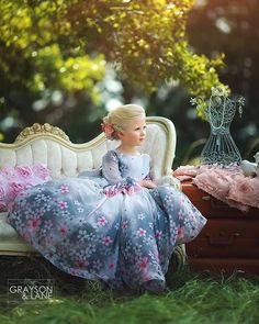ANNA TRIANT COUTURE (I 01/17) Cute Little Girl Dresses, Girls Dress Up, Little Girl Outfits, Cute Little Girls, Baby Dress, Cute Kids, Kids Outfits, Flower Girl Dresses, Baby Princess