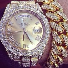 .♥♥✿mrs amen ra✿ rolling up .o´¯`o-¸¸ ¸.* `✿¸☆❦~❦ I see you✿ ♥♥rolex diamonds so me what about you ?