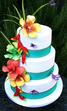 A tropical cake for your tropical wedding