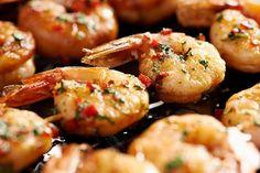 Masz ochotę na szaszłyki z krewetek w słodko-ostrej marynacie z miodem i chilli? Zajrzyj do Kuchni Lidla i wypróbuj nasz przepis!