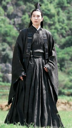 Traditional Fashion, Traditional Outfits, Eternal Love Drama, Asian Cute, Peach Blossoms, Chinese Clothing, Asian Actors, Asian Woman, Long Hair Styles