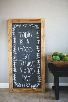eighteen25: Super Simple XL Chalkboard