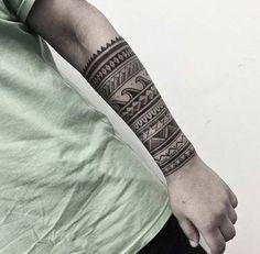 Resultado de imagen de erkek bilek maori dövmeler