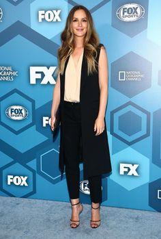 Leighton Meester de volta na sua TV e tapete vermelho! - Fashionismo