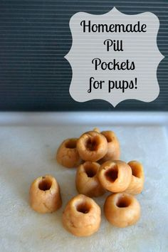 Homemade Dog Pill Pockets - 365 Days of Baking and More - Homemade Dog Pill Pockets – 365 Days of Baking and More Make your pup his / her own pill pockets with 3 simple ingredients! Puppy Treats, Diy Dog Treats, Homemade Dog Treats, Healthy Dog Treats, Dog Biscuit Recipes, Dog Treat Recipes, Dog Food Recipes, Pill Pockets, Frozen Dog