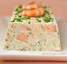 Salmon terrine and shrimp - agnes dudziak - - Terrine de saumon et crevettes Salmon terrine and shrimp Seafood Recipes, Appetizer Recipes, Appetizers, Cooking Recipes, Salmon Terrine, Tapas, Salmon And Shrimp, Lemon Salmon, Gastronomia