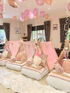 Swoon over this gorgeous boho chic sleepover birthday party The teepees are magical See more party ideas and share yours at Birthday Sleepover Ideas, Sleepover Room, 13th Birthday Parties, Birthday Party For Teens, Slumber Parties, Birthday Party Themes, Sleepover Activities, Party Ideas For Kids, Slumber Party Ideas