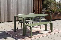 Tuinset Vondel 169 cm groen   DEBA Meubelen Garden Table, Garden Chairs, Garden Furniture, Outdoor Furniture Sets, Outdoor Tables, Outdoor Areas, Indoor Outdoor, Outdoor Decor, Coventry