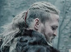Tobias Santelmann * THE LAST KINGDOM Lagertha, Tobias Santelmann, Uhtred Of Bebbanburg, Vikings Show, Bearded Tattooed Men, Viking Men, The Last Kingdom, Shield Maiden, Ragnar