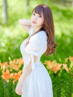 Cute Asian Girls, Girls In Love, Cute Girls, Beautiful Japanese Girl, Beautiful Asian Girls, Beautiful Women, Japan Fashion, Girl Fashion, Preety Girls