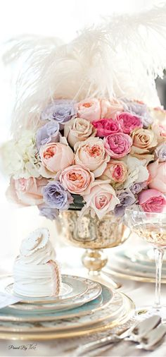 Beautiful #table - setting #Tablescapes #flower - centerpiece