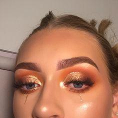 baddie makeup – Hair and beauty tips, tricks and tutorials Day Makeup, Makeup Goals, Skin Makeup, Make Up Looks, Pretty Makeup, Love Makeup, Gorgeous Makeup, Baddie Make-up, Flatlay Makeup