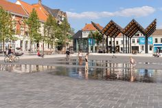 Grote Markt Vilvoorde by OMGEVING Landscape Architecture « Landscape Architecture Platform | Landezine Prize Competitions, Design Competitions, Landscape Architecture, Landscape Design, Roof Shapes, Water Playground, Indirect Lighting, Shopping Street, Conceptual Design