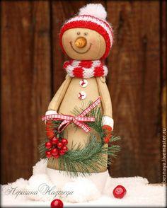 Купить Кофейный снеговичок с веночком - ярко-красный, снеговик, кофейный снеговичок, ароматизированная игрушка