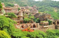 Resorts near gurgaon resorts near gurgaon is best place for spending your free time with  enjoyment and peace.if you want to know about this please follow this  blog. for more information please visit this beautiful blog
