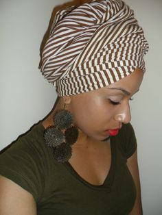 Fashionable head wrap! Get your favorite scraf and protect your strands naturally! #fcanaturals #inspiration