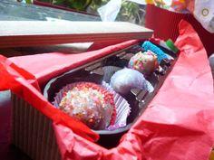 Cajas desde 6 fresas decoradas a $15.000, comparte, disfruta, sorprende. Realiza tu pedido ya 3144359644 - 4856483