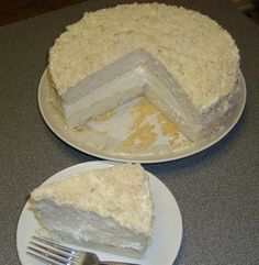 Olive Garden Lemon Cream Cake - do I ever know someone who would like this as a birthday cake!