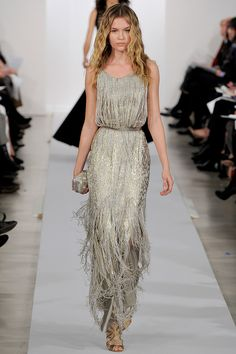 Oscar De La Renta Runway | OSCAR-de-la-renta-pre-fall-2013-dress-runway-fringe-silver-dress