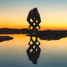 Com fotos incríveis de ioga, esta mulher faz alerta sobre saúde mental | BOA FORMA