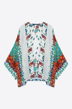 White Aztec Design Kimono. Free 3-7 days expedited shipping to U.S. Free first class word wide shipping. Customer service: help@moooh.net
