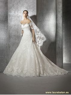 Another Spanish designer we have come to love is San Patrick bridal! The 2016 collection is full of princess wedding dresses and lace. Lace Wedding Dress, Gorgeous Wedding Dress, Princess Wedding Dresses, Dream Wedding Dresses, Wedding Gowns, Lace Dress, Tulle Wedding, Bridal Gown Styles, Bridal Dresses