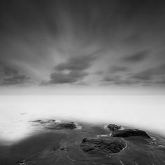 Black and Wihte Photography of the Ocean and the Sky by Nathan Wirth