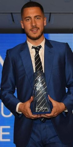 Eden Hazard, Thorgan Hazard, Scruffy Men, Boss Man, Nike Football, Chelsea Fc, Beautiful Things, Honey, Eye