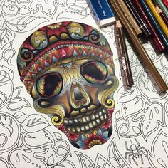 WIP 喬安娜Johanna Basford's Magical Jungle Pencils I used使用色鉛筆:Prismacolor, Polychromos #johannabasford #johannabasfordmagicaljungle #magicaljungle #pirate #leaves #beautifuljungle #jungle #skull