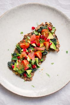 Culy Homemade: gezonde crackers à la sterrenchef Magnus Nilsson Magnus Nilsson, New Nordic, Ratatouille, Bruschetta, A Food, Healthy Recipes, Healthy Food, Avocado, Favorite Recipes