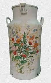 Bildergebnis für antike milk cans
