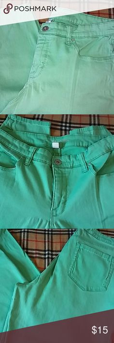 Perfect Pretty Green Style & Co. Curvy, tummy control..skinny leg..roll and cuff for capri..length 38' from waist..98th% cotton and 2% spandex...worn and washed..good condition.. Style & Co Pants Skinny