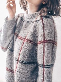 Gray wool sweater Alpaca sweater Gray sweater with stripes Hand knit sweater Alpaca wool pullover Arm knit sweater women sweater with thin - Outfits - Pretty Outfits, Winter Outfits, Cute Outfits, Casual Outfits, Hand Knitted Sweaters, Wool Sweaters, Handgestrickte Pullover, Moda Casual, Grey Fashion