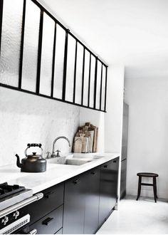 Cuisine noire et blanche #black+white #kitchen