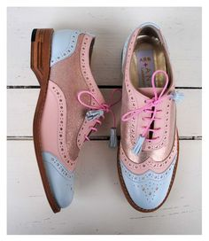ABO+ Ana Ljubinkovic pink and light blue brogues Pretty Shoes, Beautiful Shoes, Cute Shoes, Me Too Shoes, Funky Shoes, Kinds Of Shoes, Blue Brogues, Walk In My Shoes, Shoe Boots