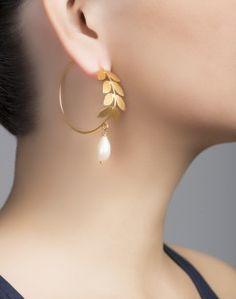 Silver Anusuya ES 1034 Pearl Bali Earrings Metal Jewelry, Bali, Hand Weaving, Jewelry Design, Bangles, Drop Earrings, Pearls, Silver, Shopping