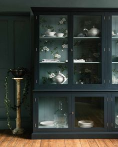Evolution Of An Aesthetic - Design Discontent or Design Enthusiasm? (And Also, Is A Room Ever Truly Done?) - Emily Henderson #homedesign #interiors #homedecor Painted Cupboards, Wall Cupboards, Design Shop, House Design, Ikea, Devol Kitchens, Shops, Hand Painted Walls, Painting Services