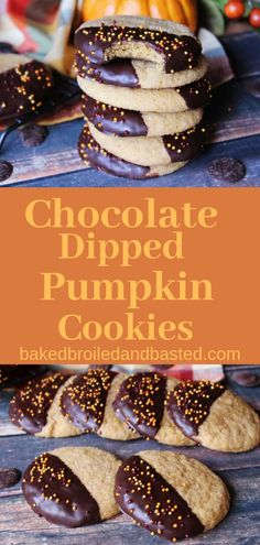 This is cookie is a little bit of Autumn Heaven . It combines a sweet pumpkin spiced cookie and Dark Delicious chocolate. It is seriously a new fall favorite. New Year's Desserts, Fall Dessert Recipes, Holiday Cookie Recipes, Best Cookie Recipes, Party Desserts, Pumpkin Recipes, Fall Recipes, Holiday Desserts, Christmas Recipes
