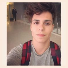 >Thomas Augusto< hey I'm Trenton and I'm really excited to meet all of you and I can sing but I don't like to tell people