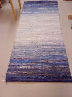 Vävföreningen Kulturarvet: Trasmattor - beautiful blue rag rug