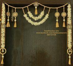 Toran/Bandarwal for home decor Diwali Decoration Items, Diya Decoration Ideas, Diwali Decorations At Home, Festival Decorations, Diy Home Crafts, Craft Stick Crafts, Decor Crafts, Diwali Diy, Diwali Craft