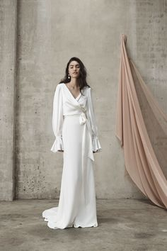 Interview - Prea James - Wild At Heart Bridal Minimal Wedding Dress, How To Dress For A Wedding, Minimalist Wedding Dresses, Lace Wedding Dress, Bridal Dresses, Bridal Looks, Bridal Style, Lace Sleeves, Wedding Designs