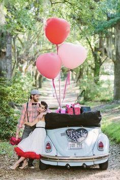 Feliz día de San Valentín Chi@s!❤️❤️❤️❤️Regalo especial?🧐Sorprende a tu pareja con una sesión de fotos 📸 con cualquiera de nuestros vehículos!😍😍#sanvalentin #amor #love #san #valentin #14febrero #inseparables #always #together #vw #cabrio #descapotable #regalosanvalentin #regalo #foto #regalame #regaloespecial #alquilame #rent #rentme
