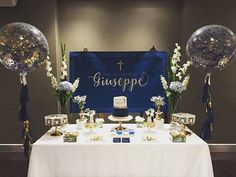 Another one from the weekend of our gold and navy giant confetti and tassle balloons with the most beautiful styling of the dessert table by @stylebyjk1
