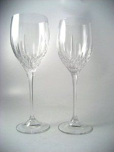 Vera Wang Fidelity Wine Glass by Vera Wang. $34.00. The Fidelity Wine is part of Vera Wang's Fidelity pattern. A new classic, the Fidelity Collection by Vera Wang is characterized by delicately cut traditional patterns on a more simple contemporary shape; showcasing the brilliant clarity of fine crystal in a new, contemporary form. Ideal for accentuating the color and aroma of both red and white wines, the Fidelity Wine glass boasts the characteristic weight and st...