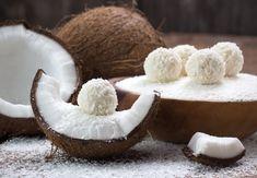 No-Bake Vegan Coconut Energy Balls Coconut Energy Balls, Fruits And Veggies, Vegetables, Low Carb Desserts, Camembert Cheese, Nom Nom, Stuffed Mushrooms, Dairy, Baking