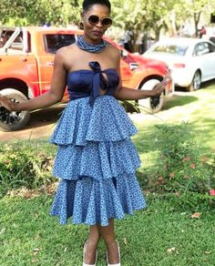 Well admired latest shweshwe designs 2019 African wax prints Marriage best ideas for African wax prints. This is one of known shweshwe gown and top in Nevada. Perfect photos of african wax prints Outfits has taken shweshwe fashions for womale. Setswana Traditional Dresses, South African Traditional Dresses, Traditional Fashion, Traditional Design, African Attire, African Wear, African Dress, African Clothes, Latest African Fashion Dresses
